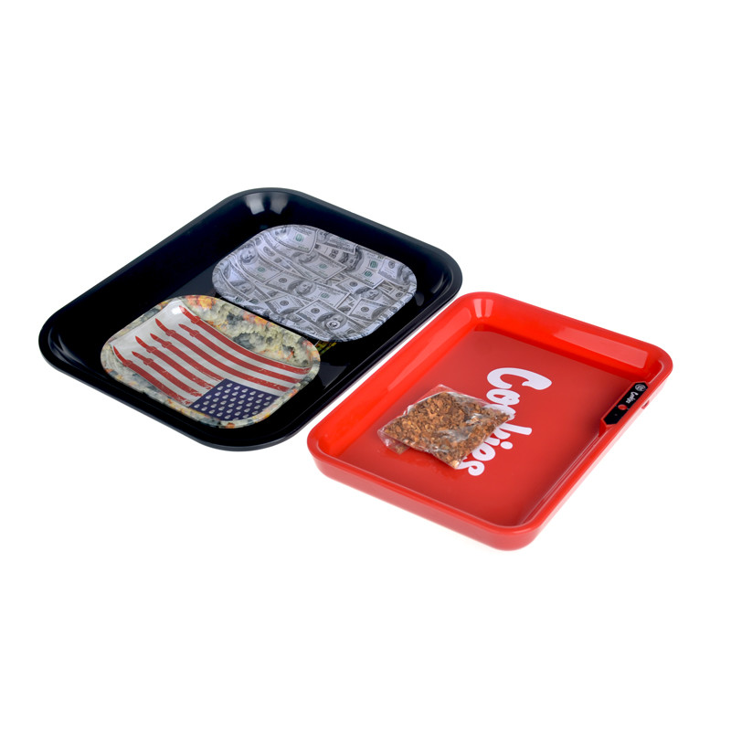 Itinbox tray with magnetic lid